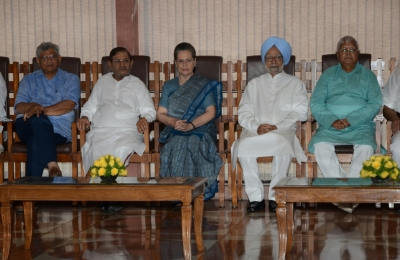 Top opposition leaders attend Sonia luncheon over presidential candidate