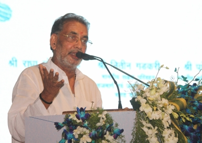 States can set up crop insurance firms: Minister