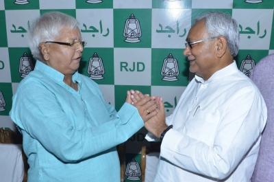 Don t make historic blunder, Lalu tells Nitish; JD-U unmoved (Second Lead)