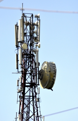 Telecom operators can be fined Rs 5 lakh over call drop (Lead)