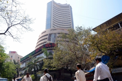 Sensex closes above the 32000 for the first time ever