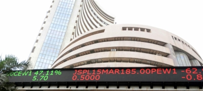 Sensex ends at record closing level; RIL market-cap hits $100-bn mark(Roundup)