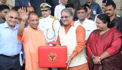 Uttar Pradesh Budget Presented, Provides For Rs. 36000 Crore Farm Loan Waiver