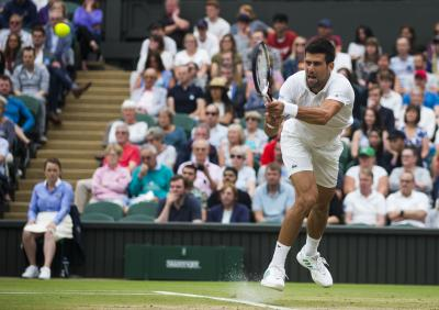 Federer makes Wimbledon semifinals for 12th time