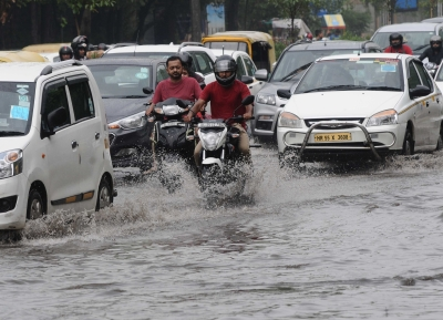 Delhi to get showers on Friday, says weatherman (Lead)