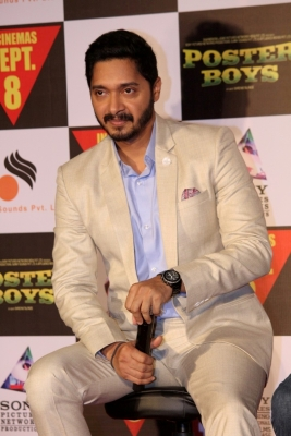 Shreyas s character not stammering in  Golmaal Again
