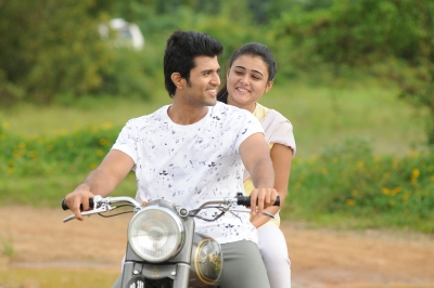 Arjun Reddy to be remade in Bollywood and Kollywood with these superstars