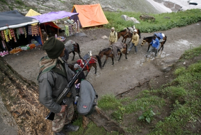 Silence to be observed only in front of Amarnath Shivling: NGT clarifies (Lead)