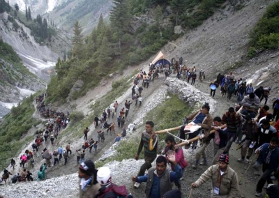 A batch of 4,956 pilgrims left for Amarnath