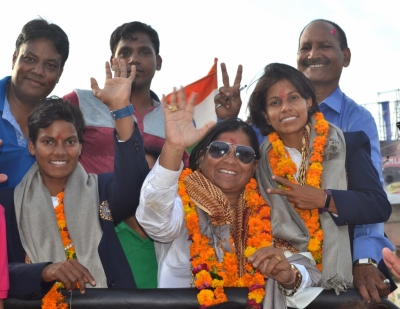 Agra welcomes its women s cricket stars