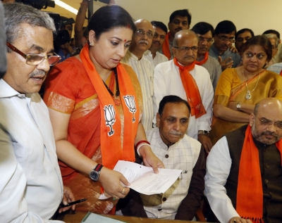 Gujarat Congress hit by more defections, flies off 44 MLAs to Bengaluru, slams Amit Shah (Intro Roundup)