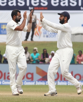 First Test: Sri Lanka reach 85/2 at lunch in pursuit of 550 vs India