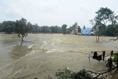 Flood situation grim in parts of north Bengal