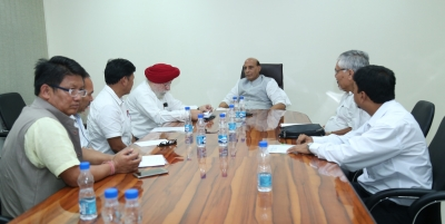 GJM delegation meets Rajnath, presses for Gorkhaland
