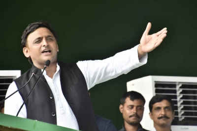 Work towards 'Bicycle in 2022', Akhilesh tells SP supporters