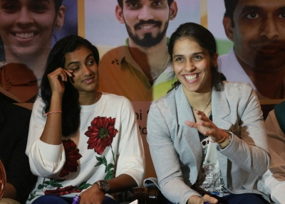 Srikanth, Sindhu in quarters; Saina succumbs