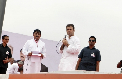 No ticket for turncoats, Rahul assures party workers in Gujarat