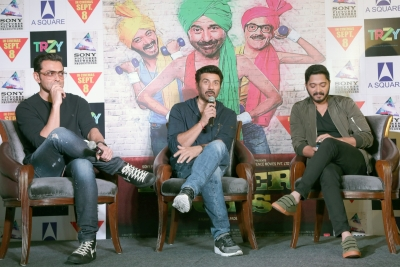 'Daddy' and 'Poster Boys' collections bring no cheer to Bollywood