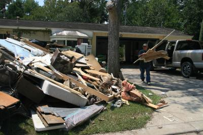 American Red Cross urged to help Harvey victims