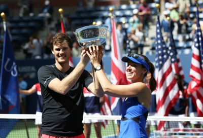 Hingis-Murray double up for title