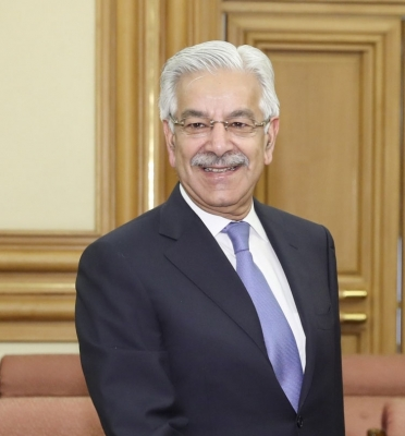 Pakistan Foreign Minister disqualified from electoral politics (Lead)