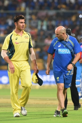 Stonis stars in Aussies' 4-run win in first T20I (Roundup)