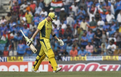 Warner sparkles in 100th ODI with blazing ton