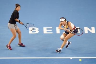 Sania-Peng advance to China Open semis
