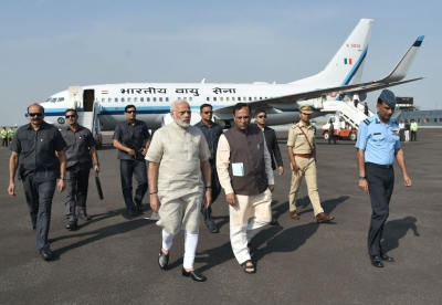 Modi begins Gujarat tour