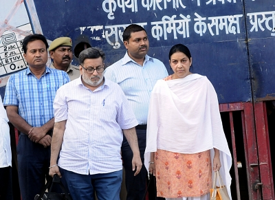 SC admits CBI plea against acquittal of Aarushi Talwar s parents