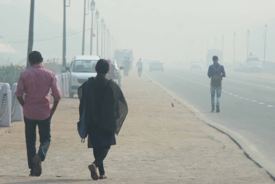 Post-Diwali air pollution in Delhi  severe , but better than 2016