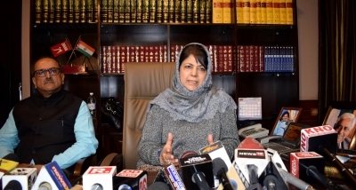 Stakeholders should take benefit of centre s sustained dialogue step: Mehbooba