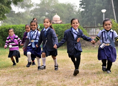 Delhi schools shut till November 15 (Lead)
