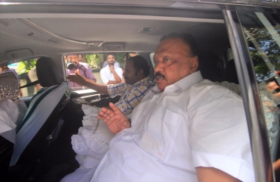 Karnataka MLAs not arriving in Alappuzha: Resort owner