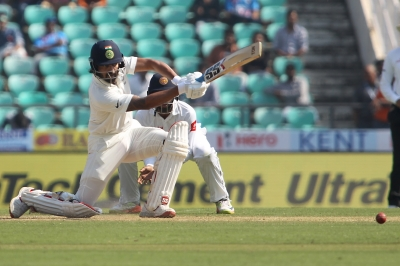 Vijay, Pujara guide India to 97/1 on Day 2 (Lunch Report)