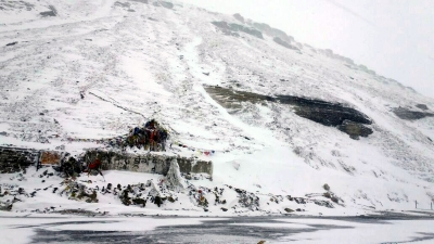 Himachal sees high temperatures, but snow in line