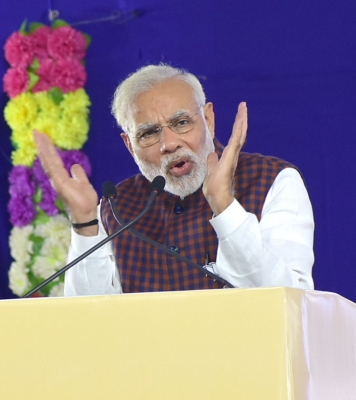 Modi takes dig at Congress  claim on Gujarat win, refers to Cyclone  Ockhi  that did not come (Lead)