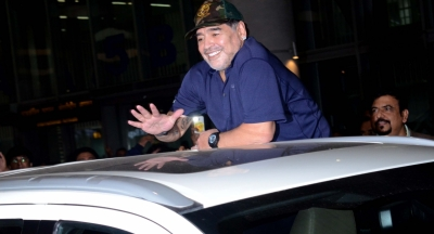 Maradona arrives in Kolkata on three-day visit (Lead)