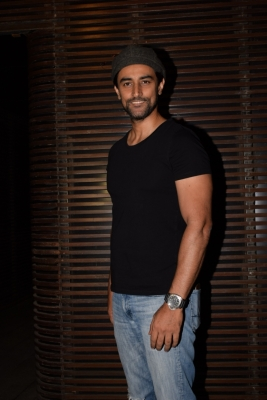 Soha, Kunal Kapoor unite for animal welfare