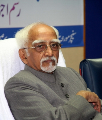 Using headgear to signify identity could be bigotry: Ansari