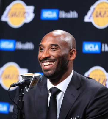 NBA legend Kobe Bryant killed in California helicopter crash (Second lead)