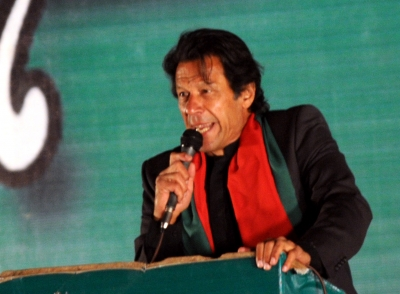 Nawaz campaigning for PTI through love fest with Modi: Imran