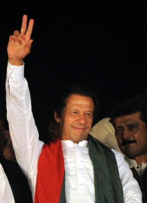 Imran to take oath on August 18, ex-Indian cricketers invited