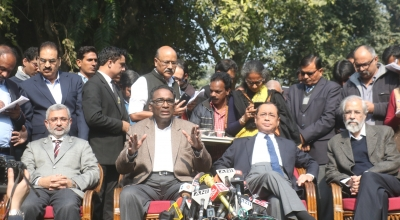 Press meet by four judges could have been avoided: AG (Lead)