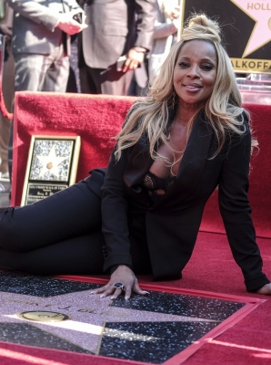 Mary J. Blige to star in  Umbrella Academy  series