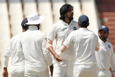 India bowl out S. Africa for 258; need 287 to clinch second Test