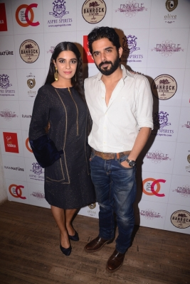 Pooja Gor, Raj Singh Arora unite for music video
