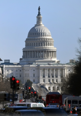 US government shuts down after spending bill collapses in Senate (Roundup)