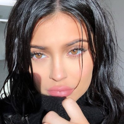 Kylie Jenner, daughter to join Travis Scott on tour