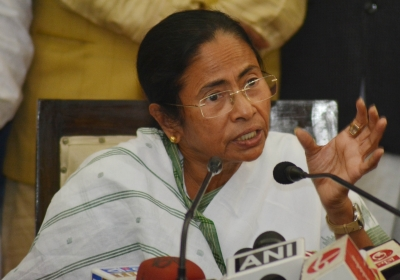 Not the right time to decide opposition PM candidate: Mamata